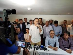 Cartaxo diz que decisão é irrevogável e revela que vai discutir posicionamento político