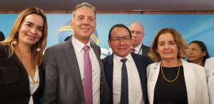 Aguinaldo e Daniella Ribeiro participam de posse do presidente da Caixa Econômica e dos novos ministros da Saúde e dos Transportes