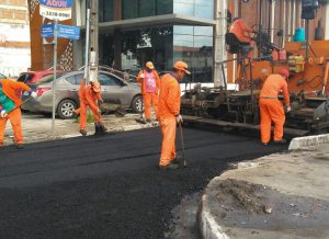 Ação Asfalto avança por todas as regiões da cidade e já beneficia mais 133 mil pessoas