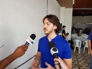 """Cássio e Pedro endossam nome de Eva Gouveia para vice de Lucélio: """"Tem competência"""""""