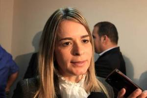 """Daniela voltar a cobrar audiência com RC para debater violência em CG: """"Vamos deixar as diferenças políticas de lado"""""""