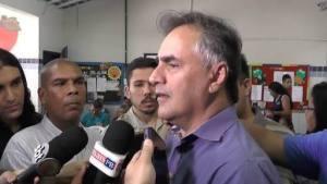 Ao lado de Cássio e Lira, Luciano Cartaxo vistoria obras da UPA nesta quarta-feira