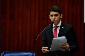 Indícios de irregularidades: Tovar colhe assinaturas para dar entrada em CPI da Granja Santana
