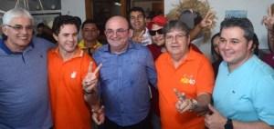 Domocratas reúne prefeitos e lideranças em apoio à pré-candidatura de João Azevêdo