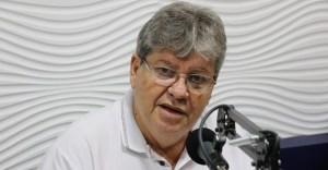 João Azevêdo participa da I Expo Segurança Paraíba e anuncia novos investimentos