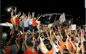 João lidera 'Caravana do Trabalho' por 11 municípios do Curimataú e garante construção de novas estradas