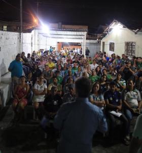 Candidato à reeleição, senador Cássio Cunha Lima recebe apoio em Mangabeira