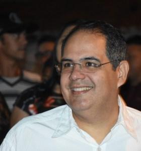 """""""Redução de impostos trará crescimento no setor industrial"""", diz Gustavo Wanderley"""