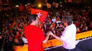 """""""Haddad, diga a Lula que a Paraíba está com ele para construir uma grande vitória"""", disse João em comício na Capital"""