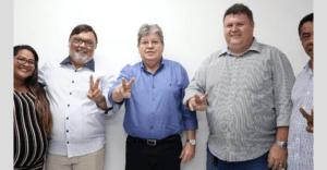 João Azevêdo recebe apoio do prefeito de Boa Vista