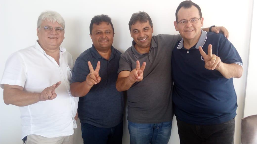 Conforme antecipado pelo blog do Anderson Soares, PT e avante fecham acordo para disputa proporconal