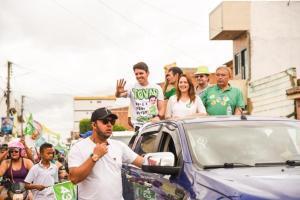 Tovar inaugura comitê, participa de caminhada e carreatas em sete municípios