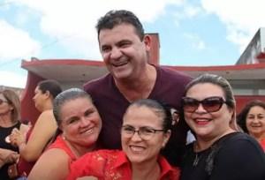 Doda de Tião visita feira em Fagundes e realiza grande encontro com amigos, em Queimadas