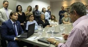 Zé Maranhão ouve reivindicações de delegados da Polícia Civil