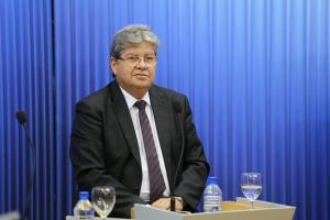 João garante implantação de VLT, Centro de Convenções e Centro de Monitoramento em CG