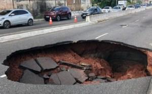 Prefeitura multa Cagepa em virtude de vazamento que danificou asfalto no bairro do Varadouro