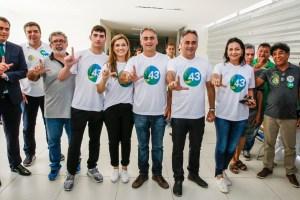 """Lucélio vota no Altiplano: """"apoio da população nos dá certeza do segundo turno"""""""