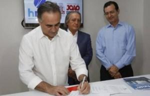 Cartaxo corrige lei de 2008 e garante gratuidade nos ônibus a pessoas portadoras de HIV e AIDS de João Pessoa
