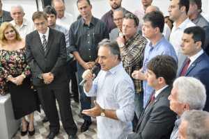 Prefeito inaugura Casa do Empreendedor para desburocratizar processos e estimular competitividade empresarial da Capital