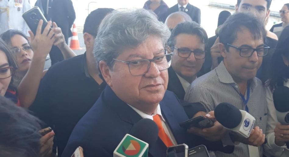 BASTIDORES: Participar da reunião da Executiva do PSB legitimaria golpe no diretório da PB, avaliou grupo político de João