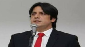 Descuido: Em nota, Luís Tôrres pede desculpas por nomeação de jornalista falecida
