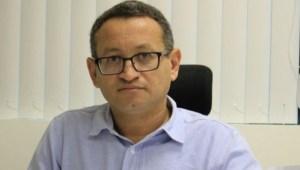 BASTIDORES: Controlador-geral do Município entrega cargo ao prefeito Luciano Cartaxo