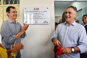Prefeito entrega reforma e ampliação de USF nos Funcionários II e Atenção Básica ganha 7 novos veículos