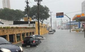Fortes chuvas deixam semáforos apagados ou intermirentes em João Pessoa