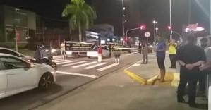 VÍDEO: Grupo realiza protesto e população faz buzinaço contra Cruz Vermelha na PB