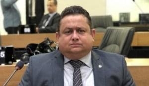 Virgolino: Médicos da PB são obrigados a tirar plantão sob pena de desligamento da Secretaria de Saúde