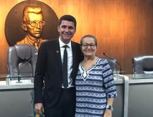 Vereador tira licença sem remuneração de quatro meses e cede espaço a suplente do Podemos