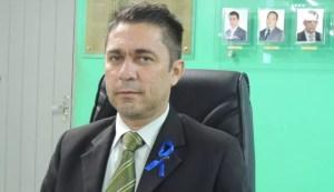 Vereador Roni Alencar protocola novo pedido de cassação de Berg Lima na Câmara de Bayeux