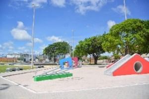 Luciano Cartaxo entrega nova praça no bairro do Cristo Redentor nesta sexta-feira