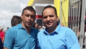 IMPASSE: Suplente de vereador protocola pedido para assumir vaga deixada por Eduardo Carneiro