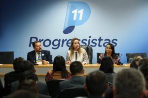 Daniella Ribeiro reúne prefeitos paraibanos em Brasília e reafirma compromisso com o Estado