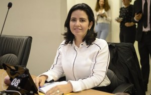 BASTIDORES: Conflitos e desentendimentos com Ricardo Barbosa influenciaram decisão de Pollyana oficializar entrada no bloquinho