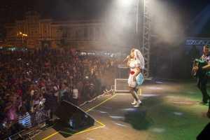 Primeira noite de shows do 'São João do Jeito da Gente' empolga o público no Ponto de Cem Réis