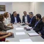 Cartaxo se reúne com dirigentes da Caixa Econômica Federal de Brasília