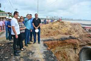 Durante vistoria às obras de drenagem da Barreira do Cabo Branco, Luciano Cartaxo confirma homologação no DOU para novas etapas do projeto de proteção da falésia