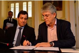 BASTIDORES: Ricardo se arrepende de não ter escolhido Gervásio Maia como candidato a governador