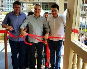 Cartaxo inaugura Casa de Passagem Familiar, entrega dois ônibus adaptados e encaminha Lei da Assistência Social à Câmara Municipal