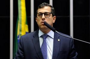 """Gervásio Maia rebate Adriano Galdino: """"Jamais se encontrará na minha trajetória de vida a desonestidade ou covardia"""""""