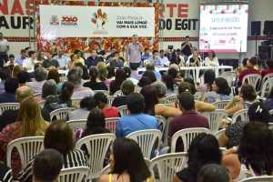 Cartaxo reúne moradores e gestão em assembleia do Orçamento Participativo nos Bancários e fortalece diálogo com população