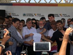 """João rebate Ricardo e diz que foi o povo quem lhe deu a vitória: """"comecei com 2%, mas fui eleito por 51% dos votos da população"""""""