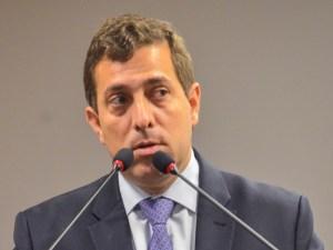 """Gervásio Maia contesta versão de João: """"Ele não agendou nada. Não enviou uma única mensagem"""""""