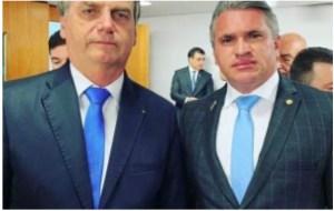 Julian Lemos diz que Bolsonaro tem acesso ao que quiser no PSL e que crise no partido foi criada