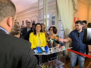 """Lígia desconversa sobre possível filiação de João Azevêdo ao PDT: """"Vamos respeitar o governador"""""""