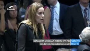Daniella Ribeiro faz homenagem de pesar a Lena Guimarães, no Senado Federal
