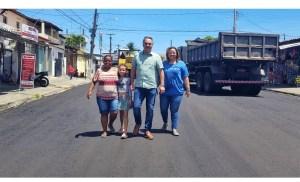 Prefeito Luciano Cartaxo acompanha obras do Ação Asfalto em Mangabeira e programa já beneficiou mais de 180 quilômetros de ruas