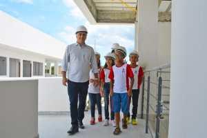 Cartaxo realiza visita técnica em obras do CEI e primeira etapa será entregue em fevereiro beneficiando mais de 3 mil alunos